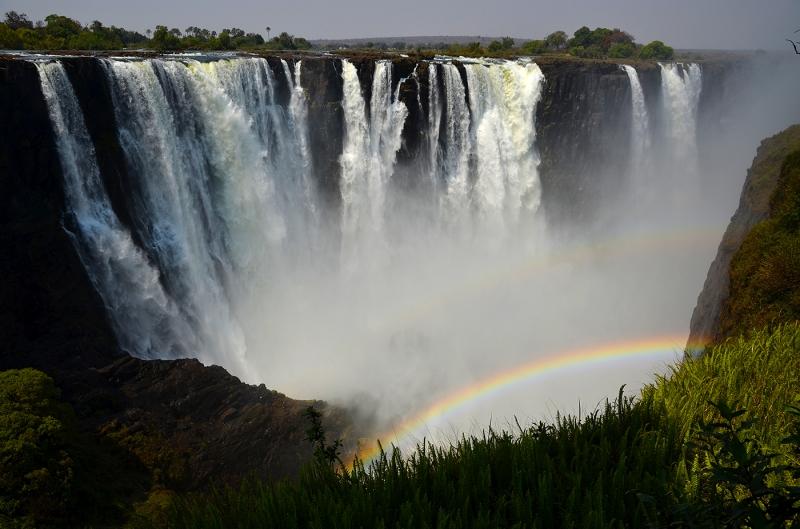 DESCUBRIENDO SUDAFRICA (PILANESBERG) Y CATARATAS VICTORIA (ZIMBABWE)
