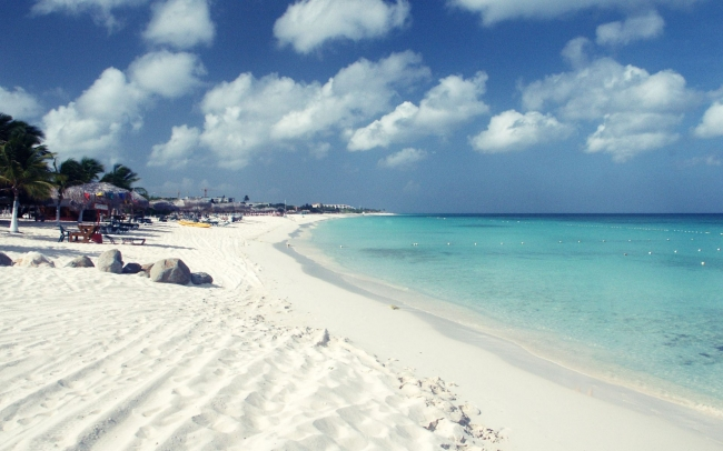 Aruba Abril